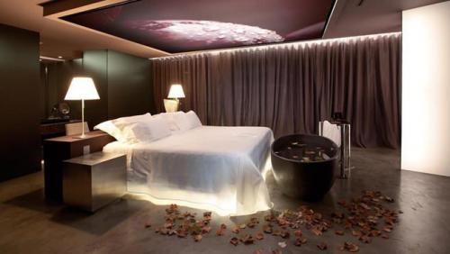 صور احدث غرف نوم للعرسان فخامة واناقة   هولو   كل مفيد