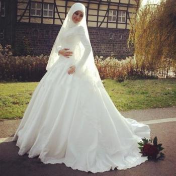7b1fbe330 احدث فساتين زفاف للمحجبات - هولو - كل مفيد