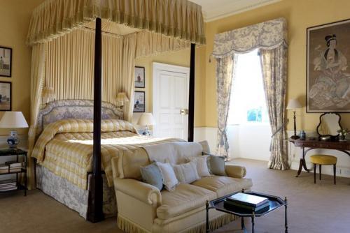 احدث اشكال ستائر سرير غرف النوم بالصور   هولو   كل مفيد