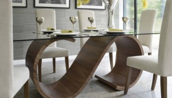 كيف تختارين من تصاميم طاولات الطعام الأنسب لمنزلك ؟